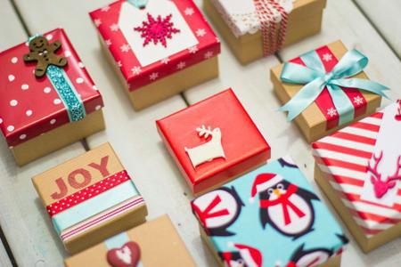 ایده هایی برای تزیین هدایای کریسمس