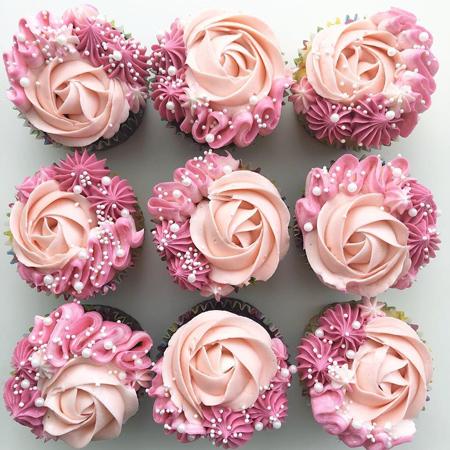 تزیینات زیبای کاپ کیک, تزیین کاپ کیک به شکل گل