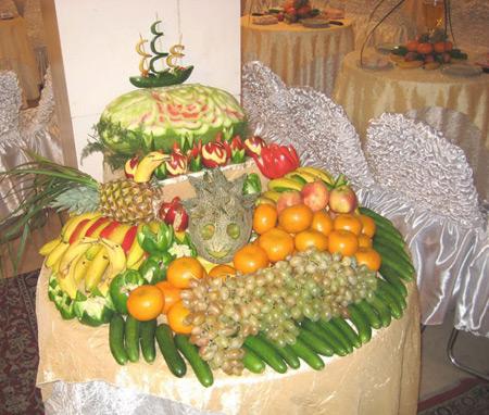 تزیین میوه 95روی میز,عکس تزیین میوه روی میز 95,تزیین میوه برای روی میز95