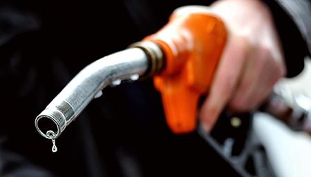 چرا نباید باک بنزین را کاملاً پر کرد, چرا نباید بنزین زیاد بزنیم