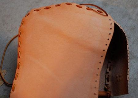 آموزش چرم دوزی, نحوه دوخت کیف چرم با دست