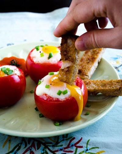 سفره آرایی همراه با تزیین گوجه,سفره آرایی ایرانی با گوجه,سفره آرایی و میوه آرایی همراه با گوجه