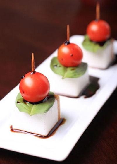 تزیین زیبای گوجه فرنگی برای سالاد