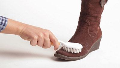 تمیز کردن کفش جیر,نحوه تمیز کردن کفش جیر