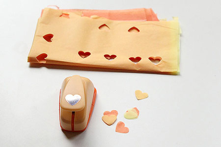 تزیین جاشمعی با دستمال, تزیین کردن جاشمعی با دستمال کاغذی