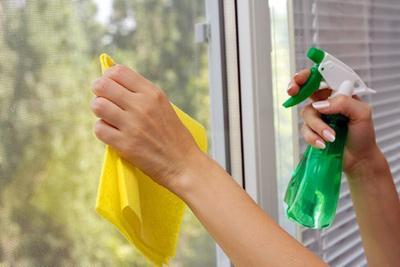 تکنیک های تمیز کردن شیشه, روش تمیز کردن شیشه