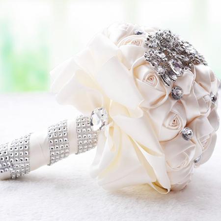 گالری عکس دسته گل های عروس سفید 1396, دسته گل رنگی عروس در سال96