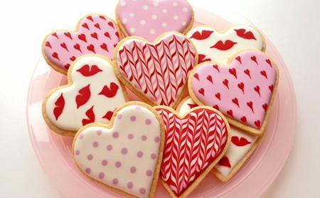 شیرینی های روز عشق, تزیین شیرینی های ولنتاین