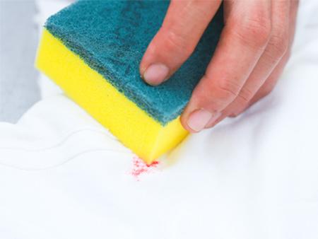 تمیز کردن لکه آرایشی از روی لباس, تمیز کردن انواع لکه ها