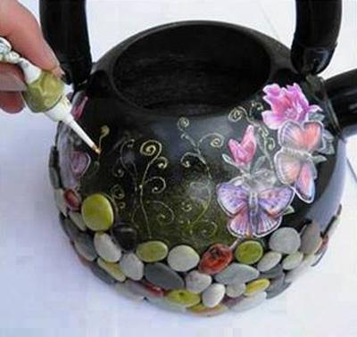 تزيين كتري هاي قديمي با سنگ و گل, نحوه تزيين كتري