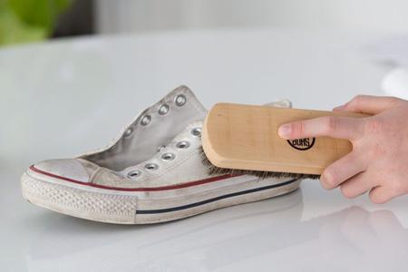 نحوه شستن کفش های کتانی,طرز شستن کفش های کتانی