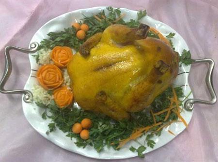تصاویری از دورچینی مرغ شکم پر, تصاویری از تزیینات مرغ شکم پر