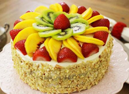 تزیینات کیک اسفنجی| تزیین کردن کیک با میوه