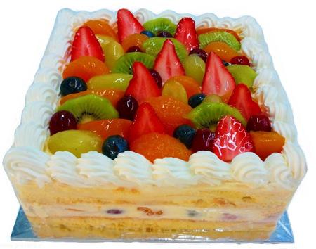 تزیین کیک تولد با میوه| تزیین کیک با خامه و میوه