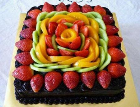 تزیین کردن کیک با میوه| تزیین کیک تولد با میوه