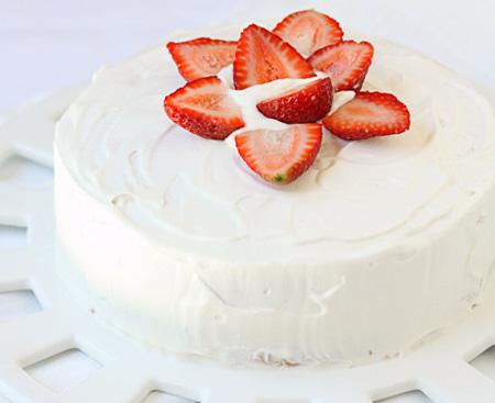 تزیین کیک اسفنجی با میوه,تزیین کیک با میوه