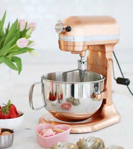 وسایل کاربردی در آشپزخانه, وسایل ضروری و کاربردی آشپزخانه