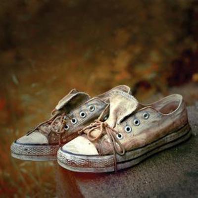تمیز کردن کفش در روزهای بارانی,تمیز کردن شوره کفش