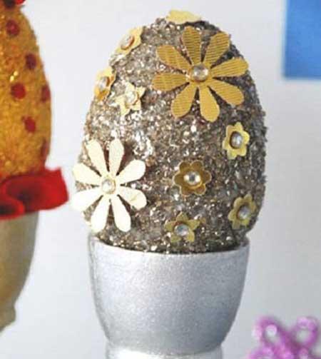 نمونه هایی از تزیین تخم مرغ های سفره عقد, تزیینات تخم مرغ های سفره عقد