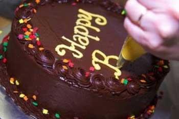 نحوه نوشتن روی کیک , تزیین کیک
