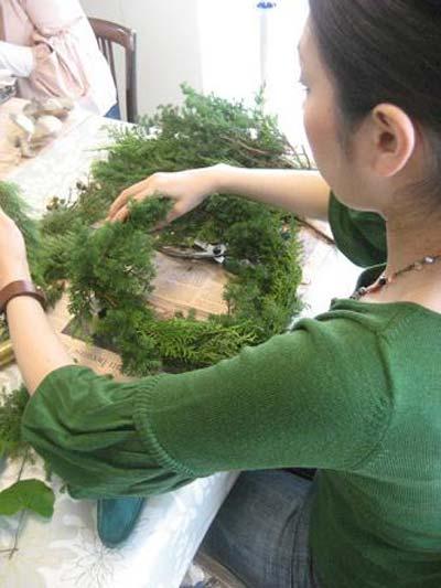 تزیینات کریسمس , نحوه ساخت حلقه کریسمس