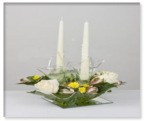تزیین گلدان وسط میز