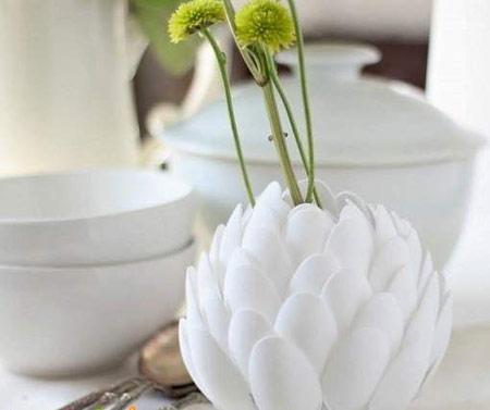 ساخت گل با قاشق یکبار مصرف,نحوه ساخت گلدان با قاشق یکبار مصرف