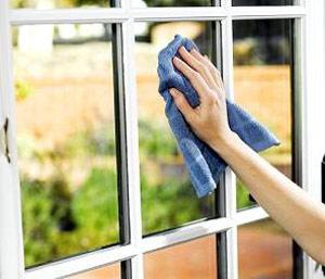 اسرارخانه داري: مراحل اصولی تمیز کردن شیشه پنجره ها