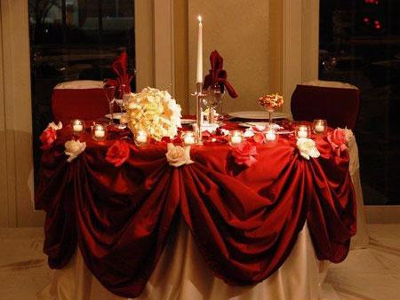 میز شام عروس و داماد, تزیین میز شام عروس و داماد
