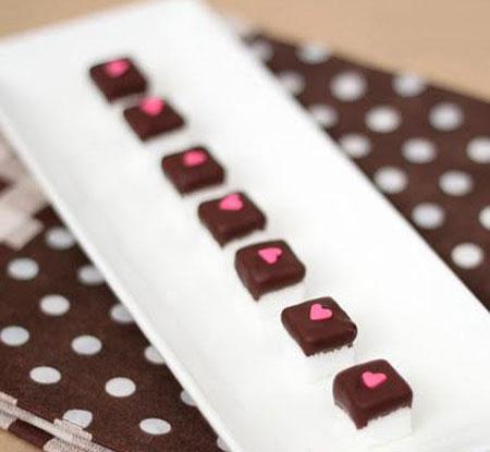 تزیین قندهای شکلاتی, نحوه تزیین قند شکلاتی