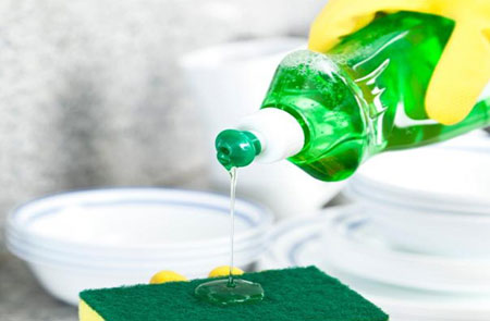تمیزکاری با مایع ظرفشویی,کاربردهای مایع ظرفشویی