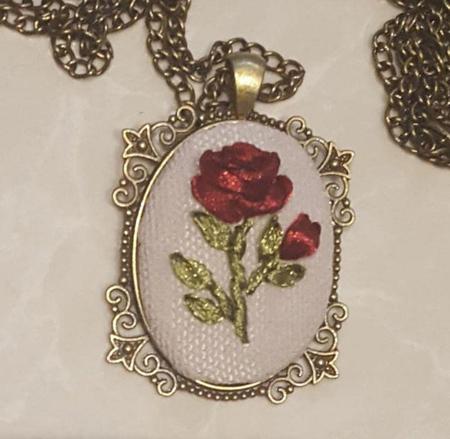 گل رز روبان دوزی شده, تابلوهای روبان دوزی