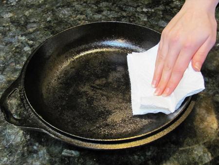 تميز کردن کابينت آشپزخانه با روغن زيتون, تميزکردن آشپزخانه با روغن زيتون