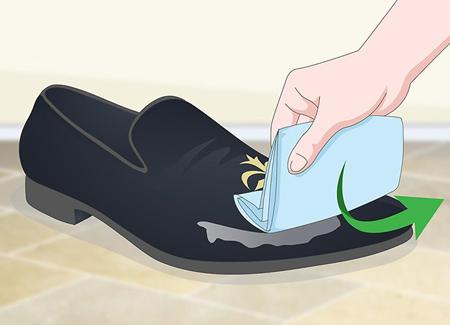 اصول تميز کردن کفش مخمل,نکاتي براي تميز کردن کفش مخمل