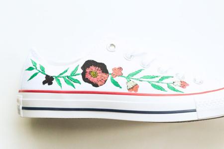 نحوه تغییر ظاهر کفش,آموزش نقاشی کردن روی کفش اسپرت