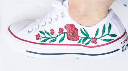 آموزش تصویری نقاشی روی کفش, نقاشی روی کفش کتانی