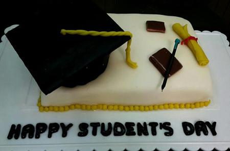 کیک روز دانشجو
