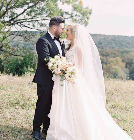ایده هایی برای گرفتن عکس عروس و داماد,راهنمای انتخاب عکاس حرفه ای برای عروسی