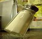راحت آمدن نمک از نمک پاش