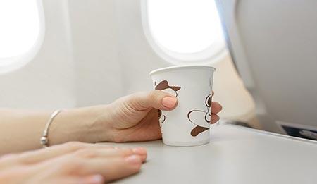 نکات مسافرت با هواپیما,نکته های سفر با هواپیما,کارهایی که در هواپیما نباید انجام دهیم