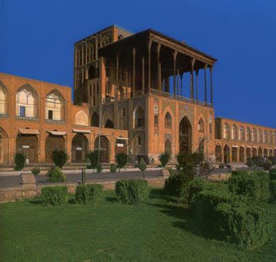 عالی قاپو، رفیع ترین بنای عهد صفوی