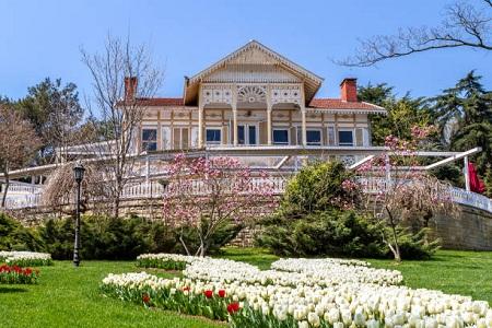 پارک امیرگان, قدیمی ترین مکان های دیدنی استانبول, پارک امیرگان در فستیوال گل لاله
