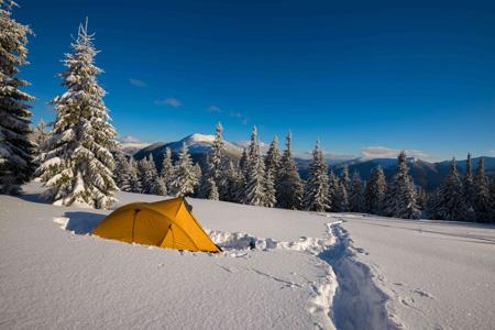 کمپ زدن در زمستان,کمپ زدن در طبیعت, مکان مناسب برای کمپینگ در زمستان