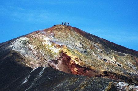 آتشفشان سرو نگرو,اسکی روی آتشفشان سرو نگرو,تصاویر اسکی در آتشفشان سرو نگرو