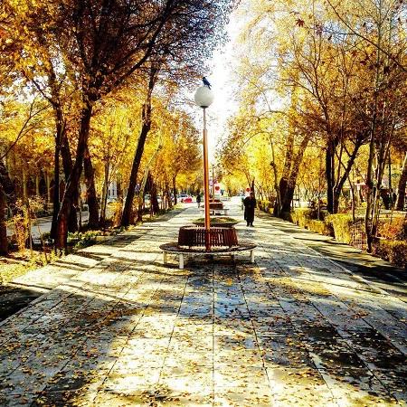چهارباغ عباسی قدیم, چهارباغ عباسی اصفهان, خیابان چهارباغ عباسی در اصفهان