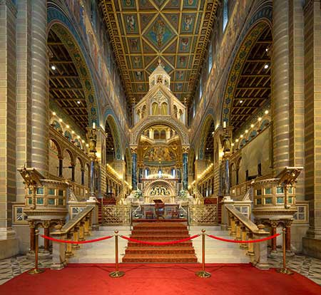 کلیسای جامع سنت پیتر,عکس های کلیسای جامع سنت پیتر,عکس های کلیسای جامع سنت پیتر