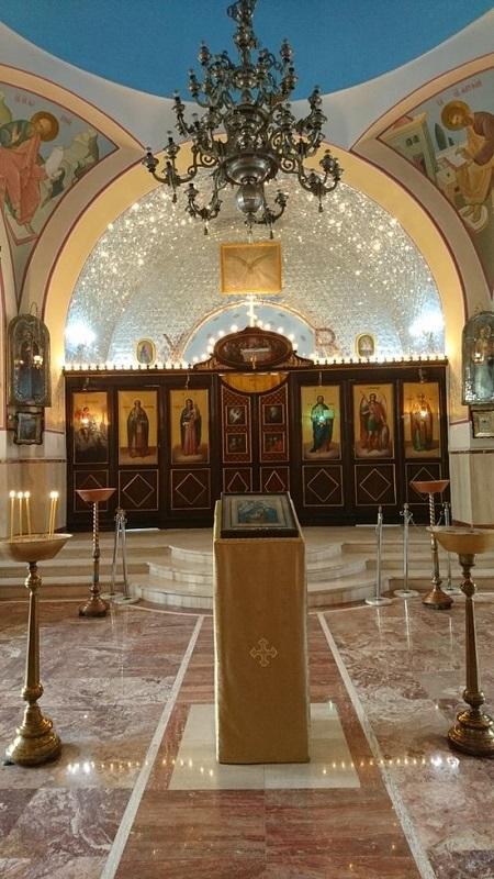 عکس از فضاهای داخل کلیساهای تهران,آدرس کلیساهای تهران,کلیسای نیکلای مقدس