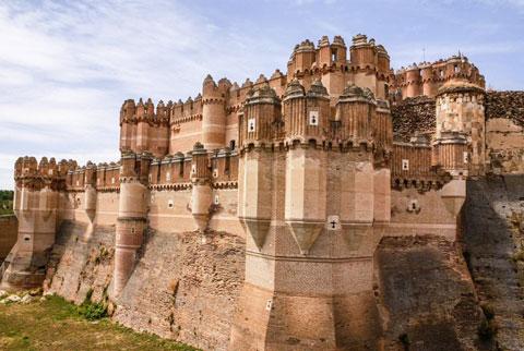 قلعه کوکا,قلعه کوکا اسپانیا,جاذبه های گردشگری اسپانیا