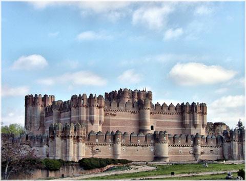 قلعه کوکا,قلعه کوکا اسپانیا,دیدنی های اسپانیا