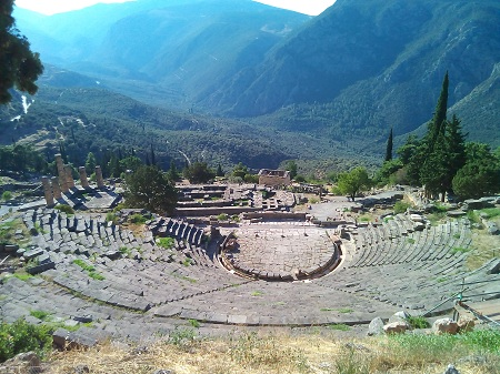 معبد دلفی, عبادتگاه دلفی, تاریخچه معبد دلفی